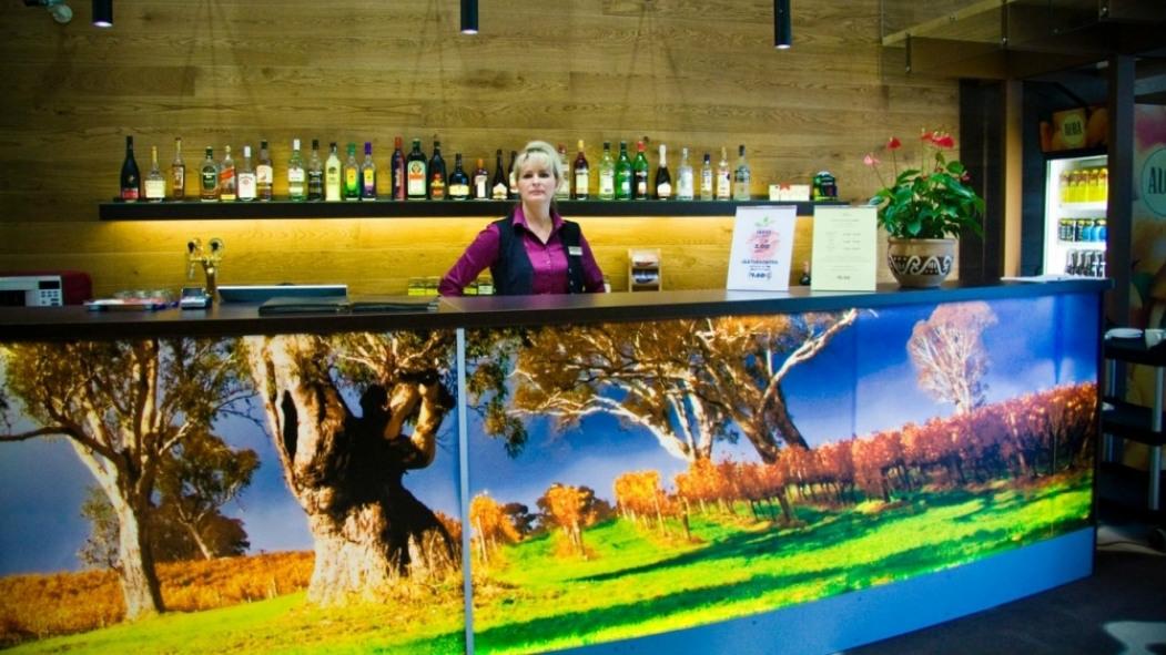 Marge-Margarita-Bar-Toila-Spa-Hotel